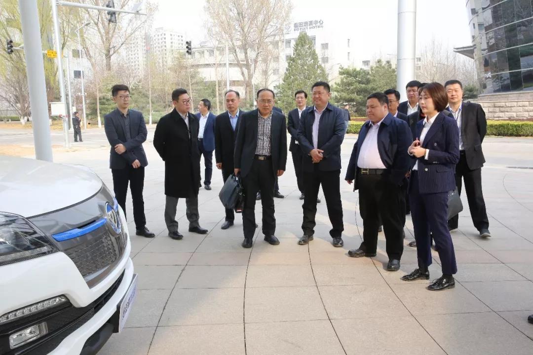 福田与程力汽车签约